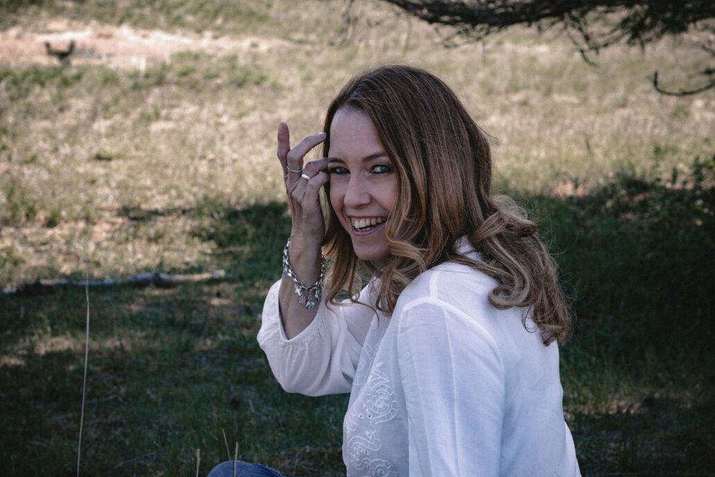 Yvonne Zwilling, Hochzeitssängerin